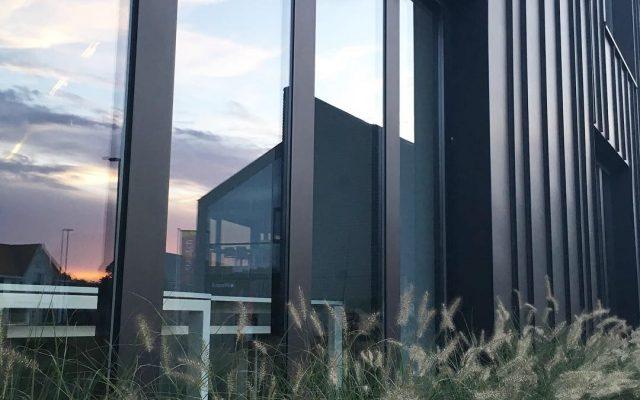 Sint-Martens-Latem verbouwing uitbreiding kantoorgebouw architect